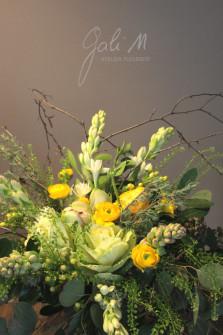 Bouquet printanier, tubéreuses et renoncules ©Gali M